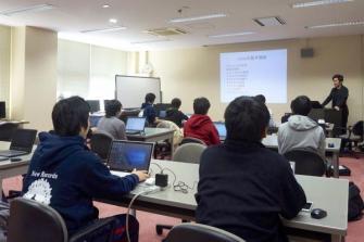 学生がUnityとKinectを使ったアプリ開発を体験「Unityアプリケーション開発入門」開催 学生がUnityとKinectを使ったアプリ開発を体験「Unityアプリケーション開発入門」開催